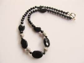 "Ketting ""Black Beatrix"""
