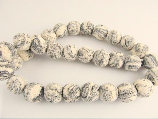 Lava kraal creme-zwart 13.5-14 mm