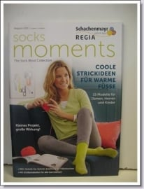 Magazine 001 Socks Moments
