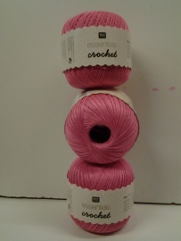 Essentials Crochet  ~ fuchsia ~ 05