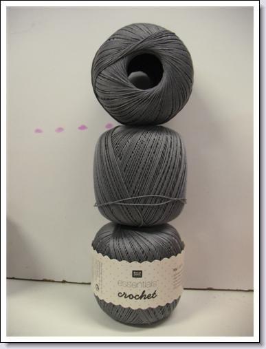 Essentials Crochet ~ grijs ~ 019