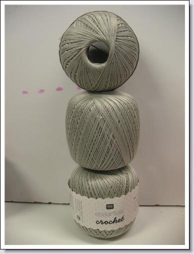 Essentials Crochet ~ grijs  ~  018