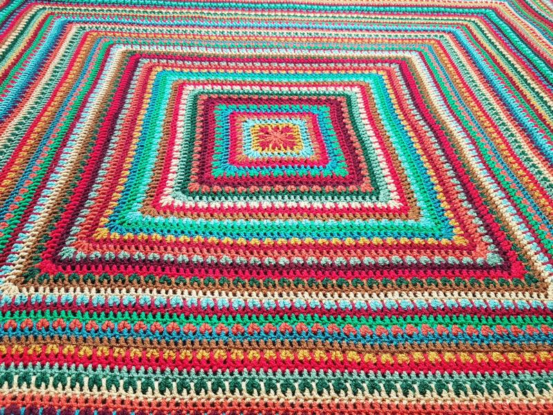 Yuletide blanket ~  Attic 24 , september 2021