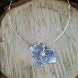 Silver pendant hedera - Zilveren hanger klimop (Ha12)