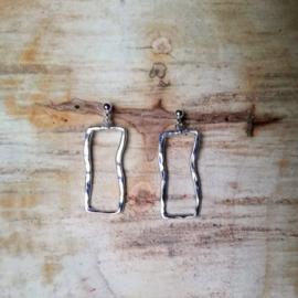 Silver earrings wavy frame - Zilveren oorbellen wavy frame (X11)