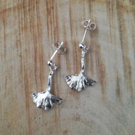 Silver earrings ginkgo - Zilveren oorbellen ginkgo (G9)
