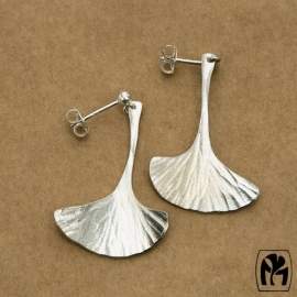 Silver earrings ginkgo - Zilveren oorbellen ginkgo (G1)