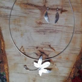 Silver pendant hedera helix- zilveren hanger klimop helix(Ha4)
