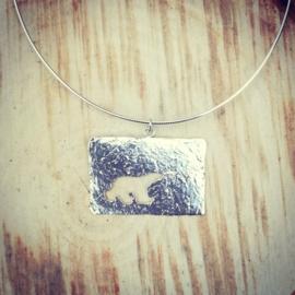 Pendant silver polar bear silhouette c - Hanger zilveren ijsbeer c