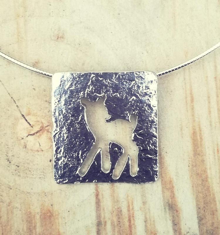Pendant silver lamb silhouette - Hanger zilveren bambi silhouet