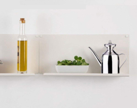 Onze olijfolie kan is gemaakt van 18/8 rvs 200ml perfect voor het bewaren van olijfolie. De olie is beschermd tegen licht