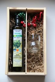 Kerstbox 750 ml biologische Latzimas olijfolie en glazen geschenkkan