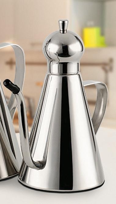 Luxe rvs olijfoliekan, inhoud 0,5 liter Nr3
