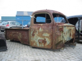 pick up body and bed   ford 1948 ( SOLD)