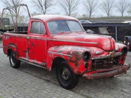 FORD 1947 PICKUP V8  ( SOLD )