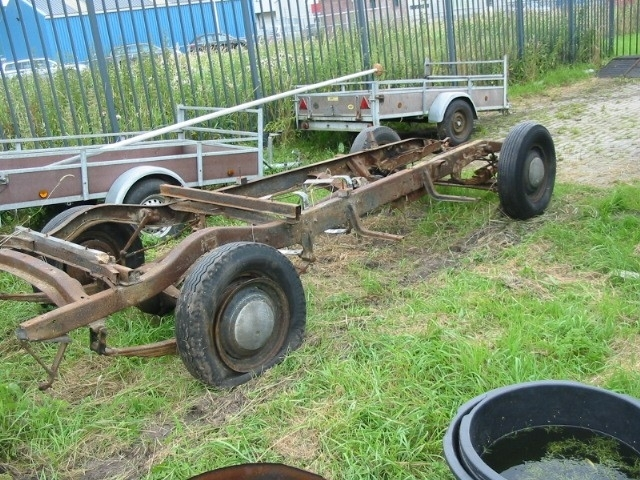 ROLLING CHASSIS CHEVROLET ( SOLD )