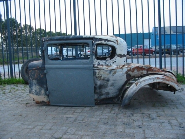 FIVE  WINDOW COUPE 1930/31    ( SOLD )