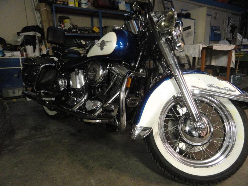 HARLEY DAVIDSON HERITAGE CLASSIC 1993   SCHADE MOTOR ( VERKOCHT )