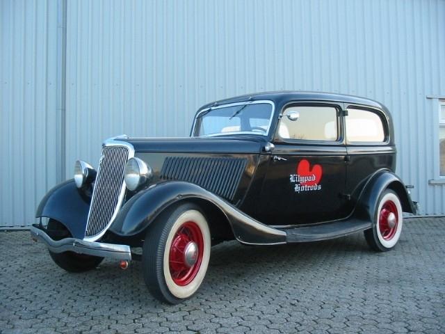 FORD TUDOR SEDAN 1934 ( SOLD )