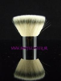 Body Buki Brush Flat Medium (KB20)