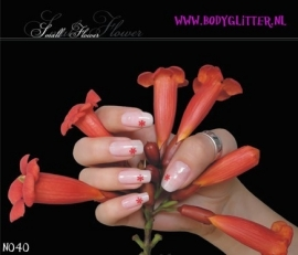 SmART Nails N040 - Small Flower