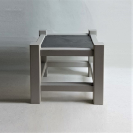 tafel bijzettafel side table leisteen slate top 1980s
