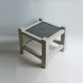 tafel bijzettafel side table leisteen slate top 1980s