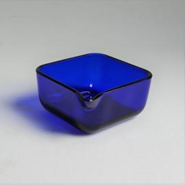 schenkkom blauw kobalt glas blue cobalt glass bowl 1970s