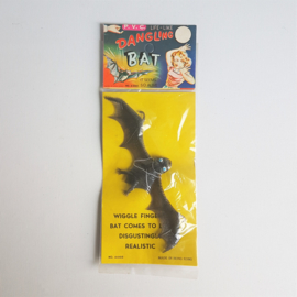 halloween vleermuis dangling bat in package 1960s