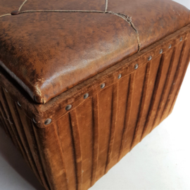poef opbergbox leer pouf leather storage box foot stool 1930s