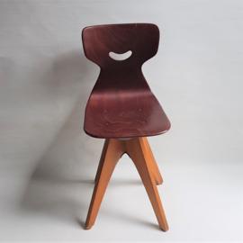 kinderstoel draaibaar ADAM STEGNER pagholz spinny children's chair 1960s