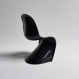 stoel miniatuur zwart panton chair miniature black 1990s