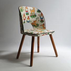 kinderstoel kabouters hertjes deers pictures children's chair 1950s