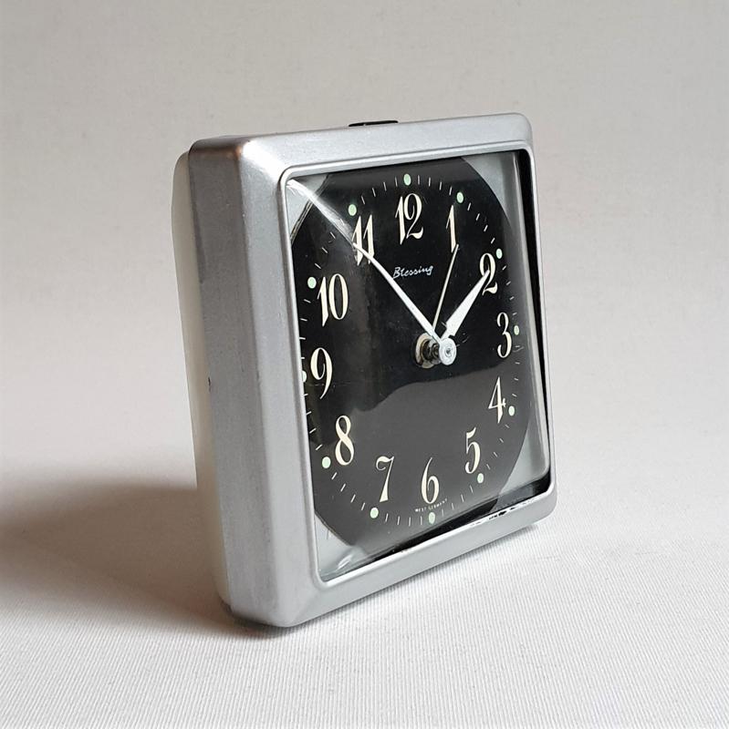 alarm klok wekker clock wind-up blessing west germany space age 1970s