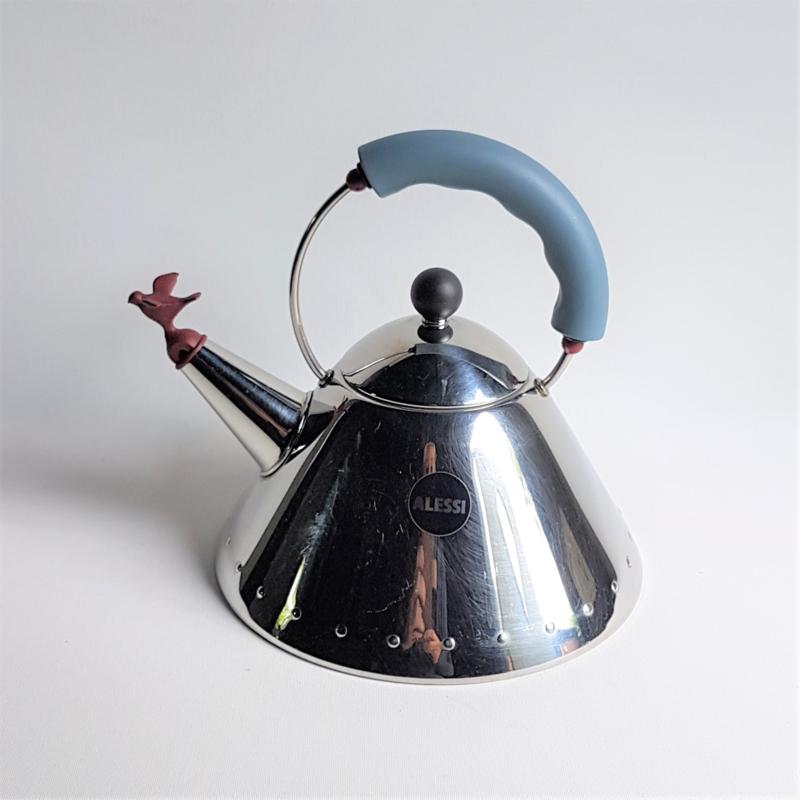 fluitketel bird kettle michael graves alessi italy 1980s