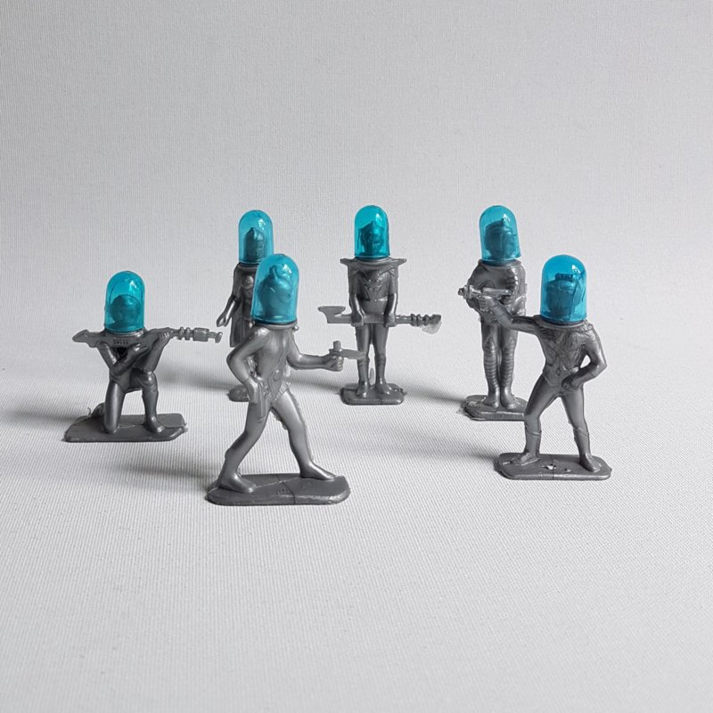 space actie figuren 6x space action figures with helmets archer 1950s