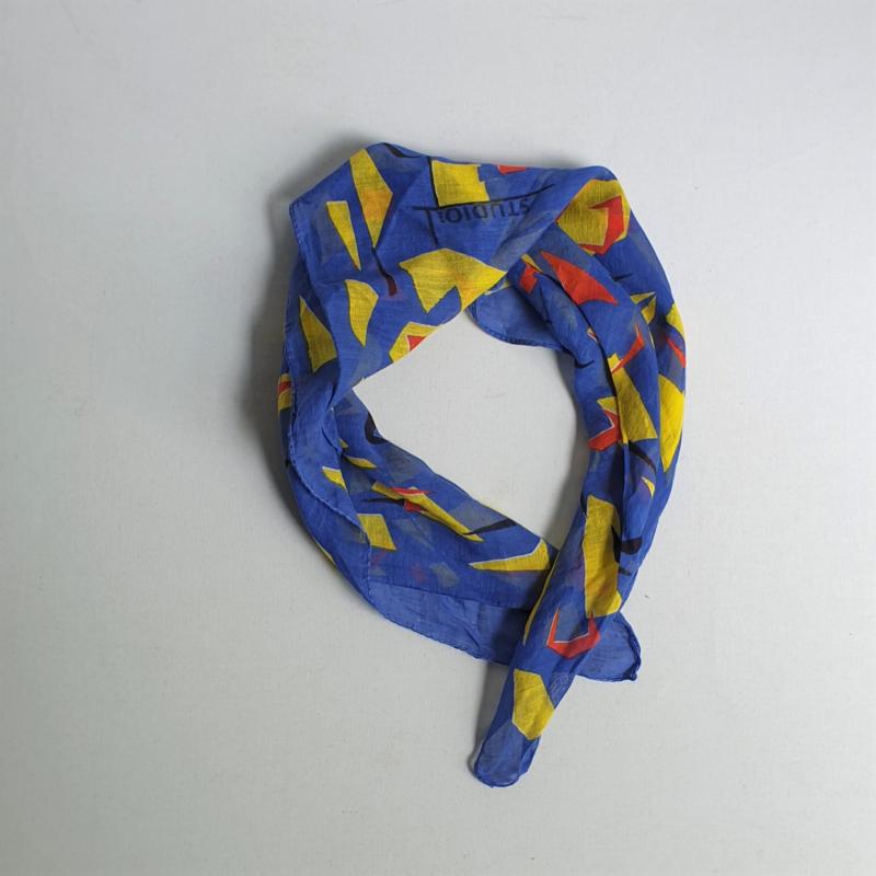 sjaal studio l'oreal shawl memphis design style 1980s
