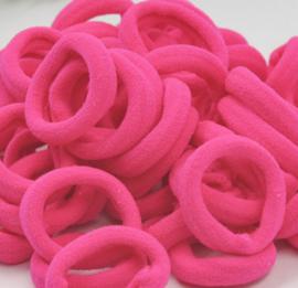 elastiekje knal roze (3cm)