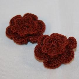 Dubbellaags bruin gehaakte bloemen p/s