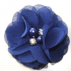Chiffon bloem strass en parel royal blauw
