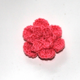 Coral gehaakte bloemen (25mm)