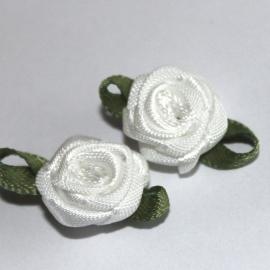 Super kwaliteit roosjes ivoor met blad 15mm