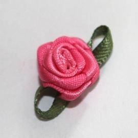 Super kwaliteit roosjes donkerroze framboos met blad 15mm