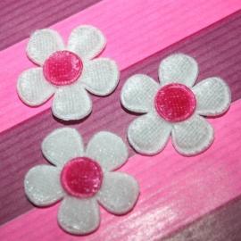 fluweel bloem wit met felroze kern 1 stuks