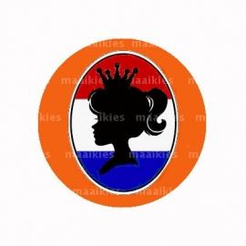 (FB522) queenie