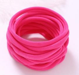 Super soft dunne nylon haarbandje fuchsia roze