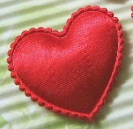 Satijn hart rood