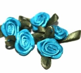 Super kwaliteit roosjes fel blauw