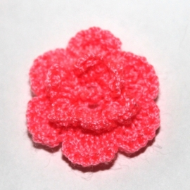 CANDY (neon)roze gehaakte bloemen (25mm)