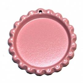 Bottlecap roze met gaatje en ringetje